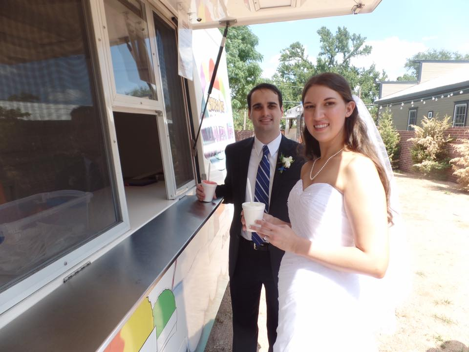 Did you know we even serve our snocones at weddings! Congratulations Lashelle and Cameron! Thank you for letting us share in your special day!